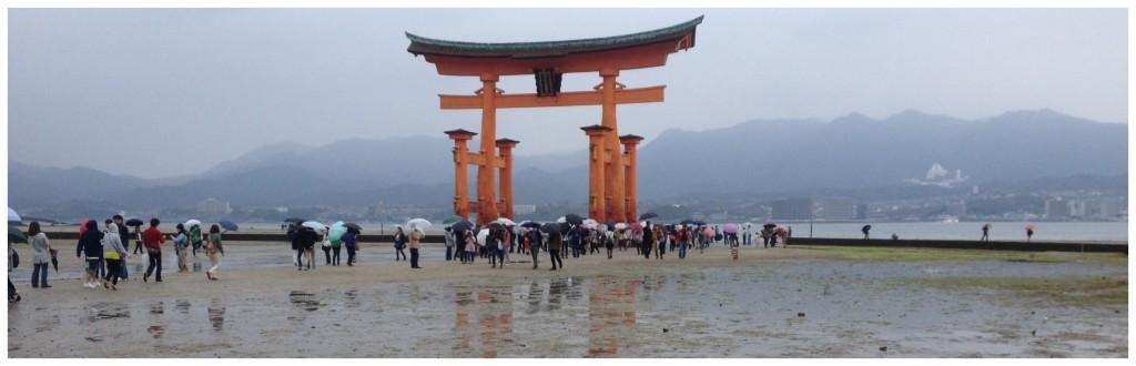O-Torii gate at low tide