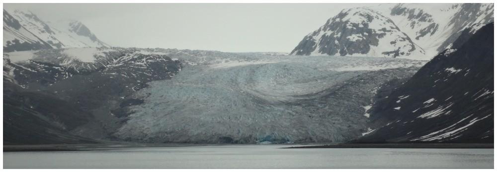 Managerie Glacier in Glacier Bay National Park