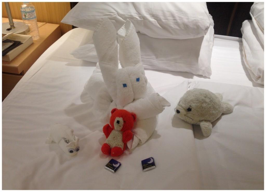 Towel figures with Sali-du & Loieli