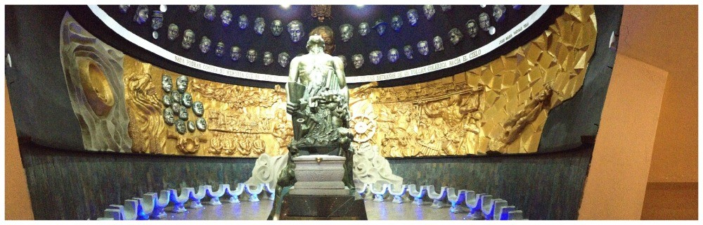 Panorama inside the Mausoleum