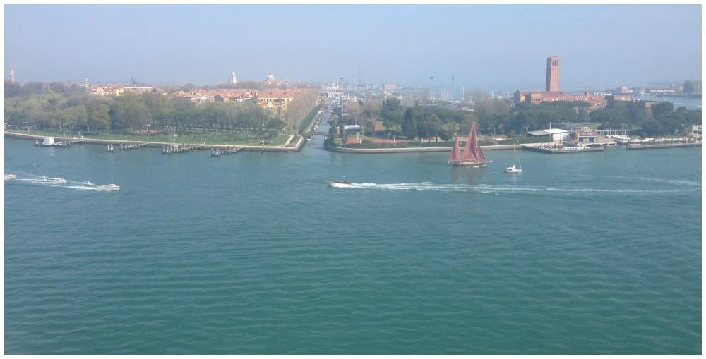Cruising in to Venice