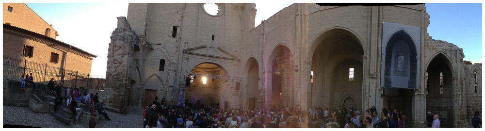 Concert in the ruins in Viana