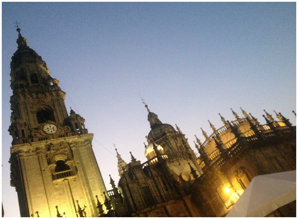 Cathedral de Santiago at dusk