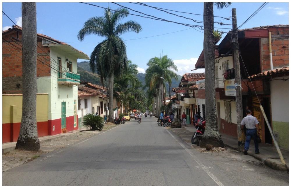 Clean, tidy Ciudad Bolivar streets