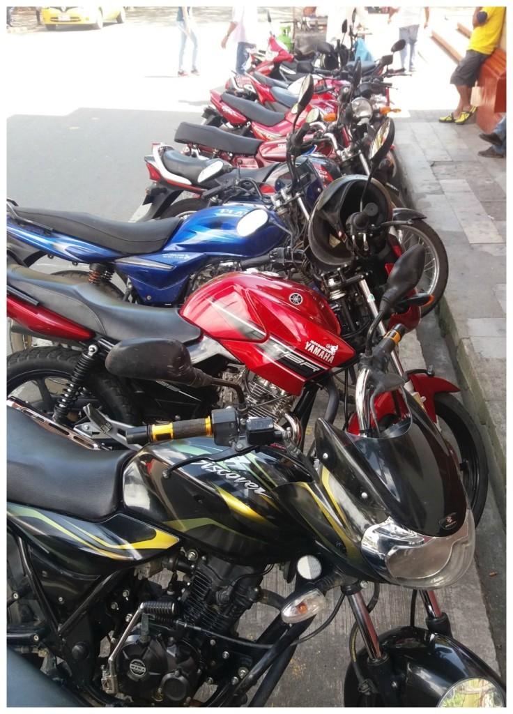 Scooters and motorbikes galore in Ciudad Bolivar