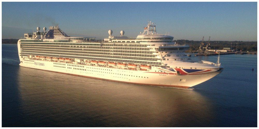 P&O Azura cruising past on her way to dock