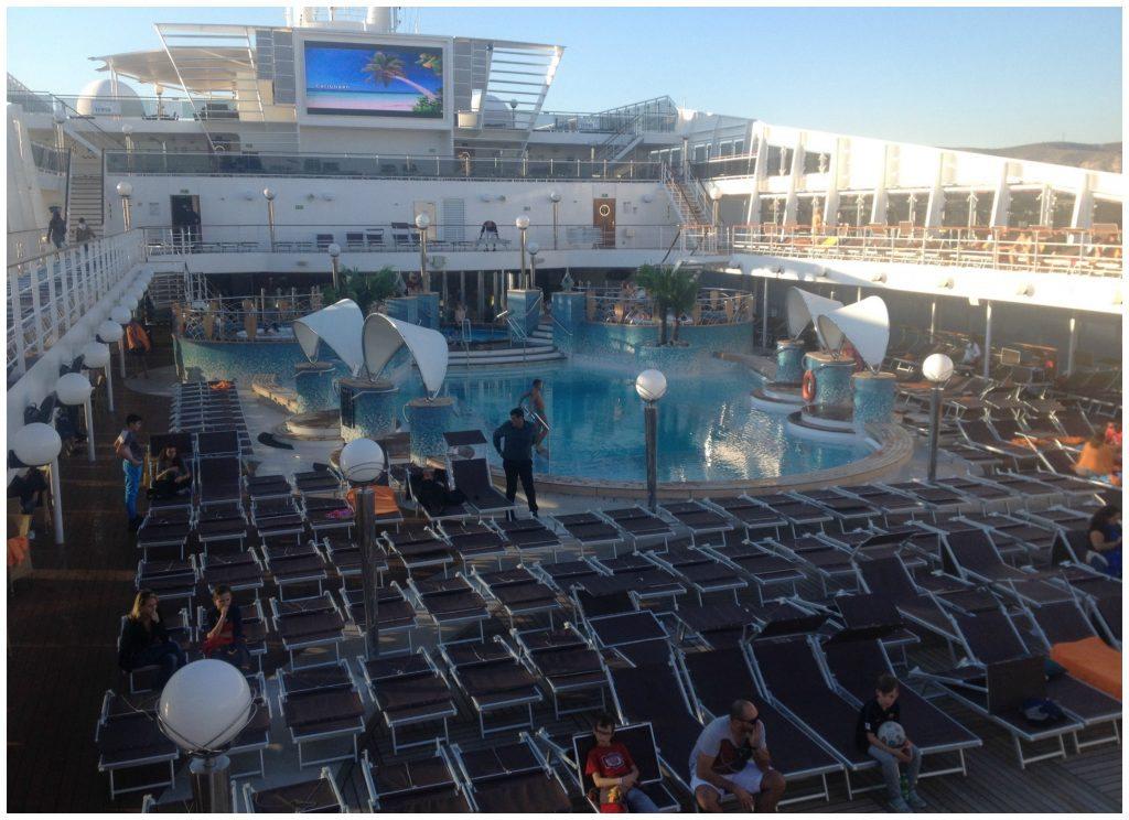 A quiet pool deck in Marseille