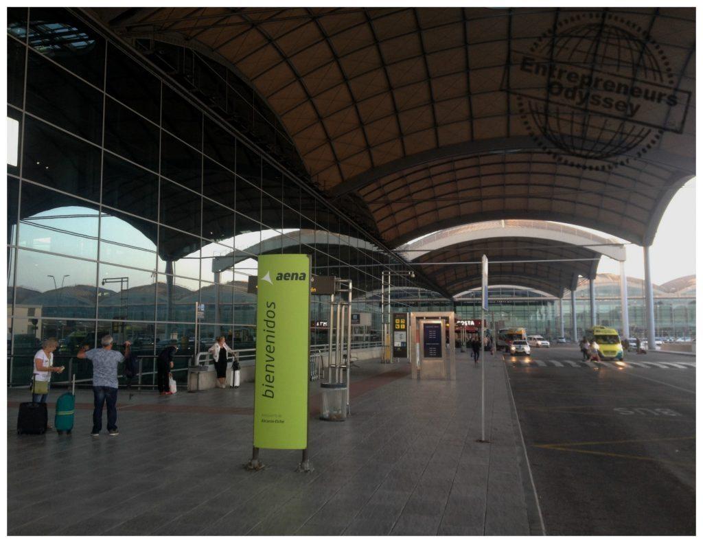 Alicante airport departures area