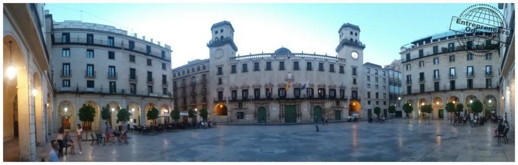 Plaça ajuntament Alicante panorama