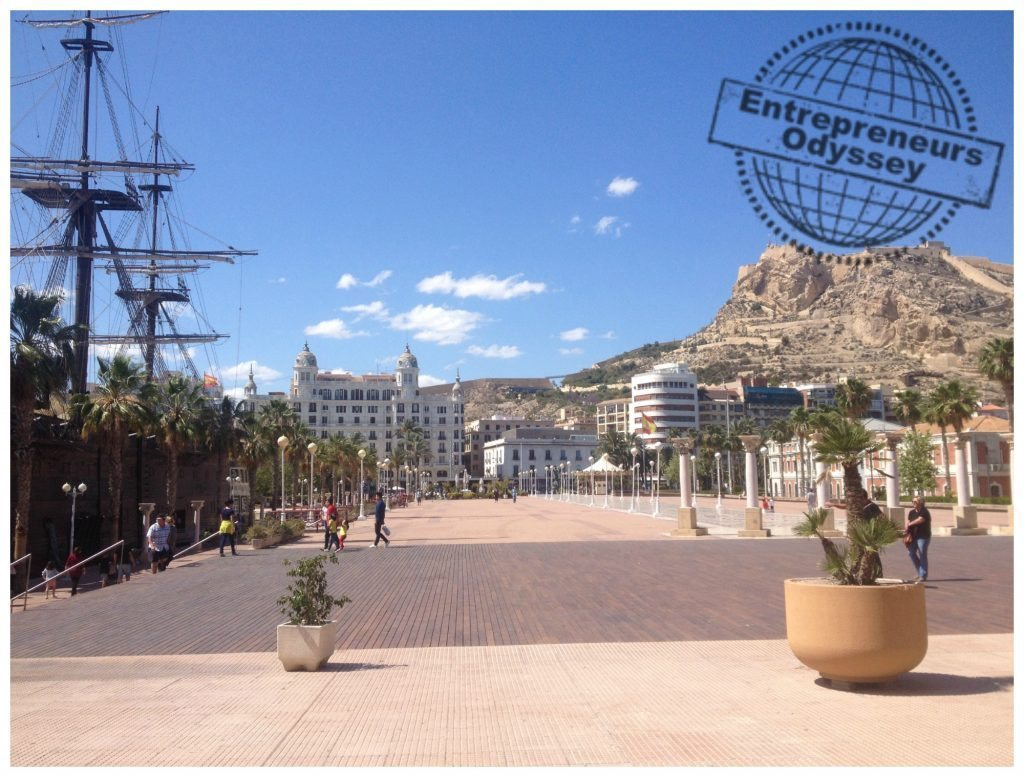 Puerto Alicante with the Santa Bárbara Castle Castell de la Santa Bàrbara