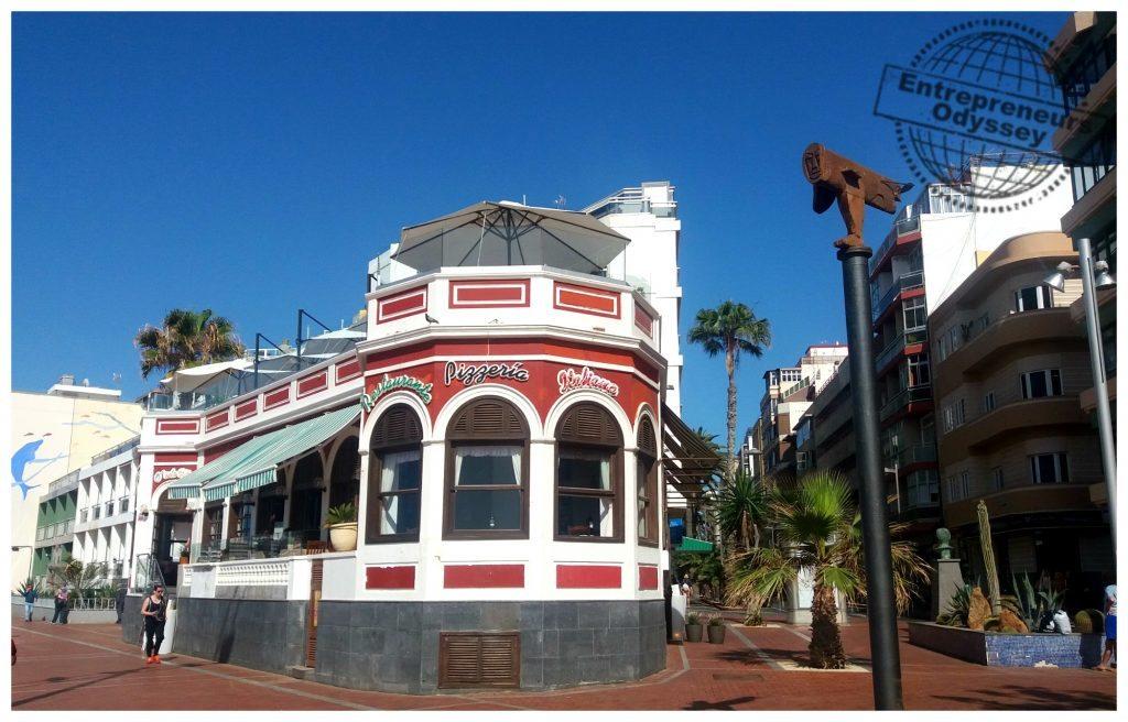 Casablanca O'sole Mío La Casa Roja in Las Palmas