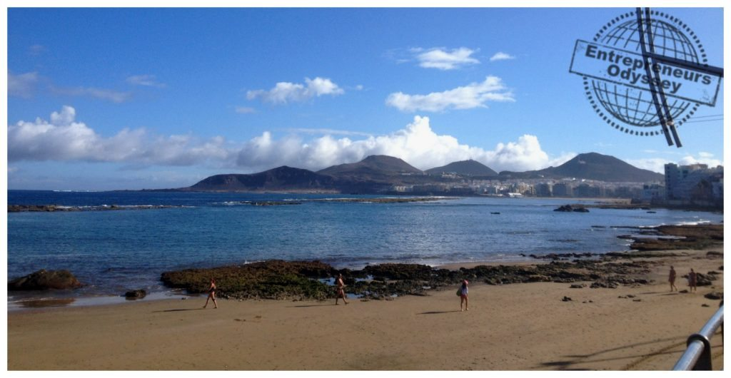 Low tide at canteras beach