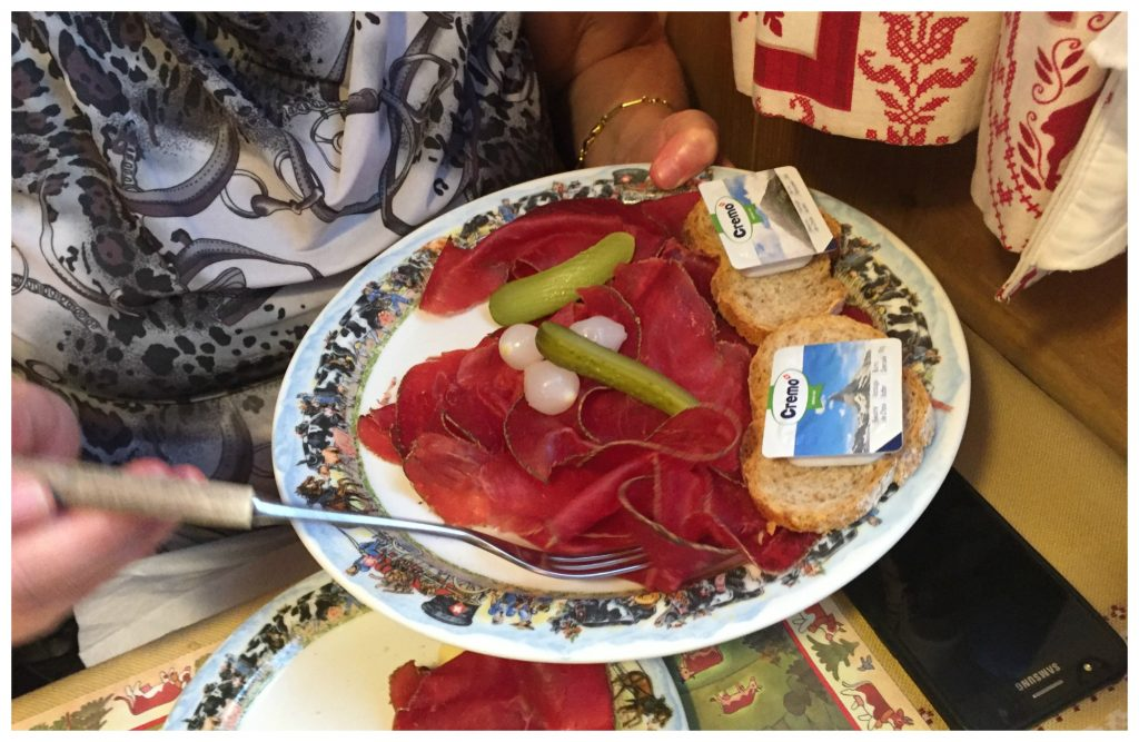 Dried meat with the fondue
