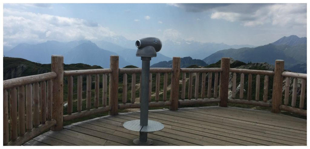 Free telescope to view the mountain range