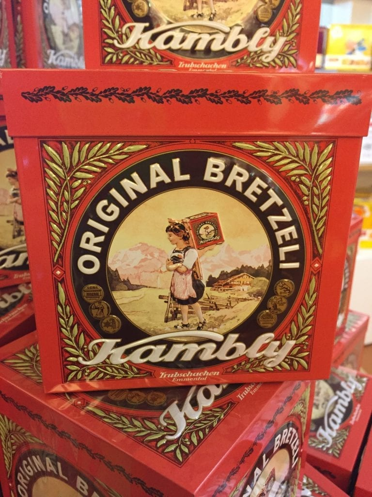 The original Bretzeli tin from Kambly