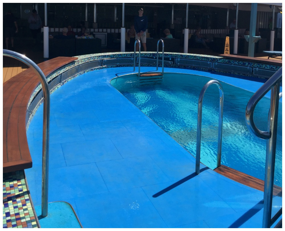 Serenity pool on Carnival Legend