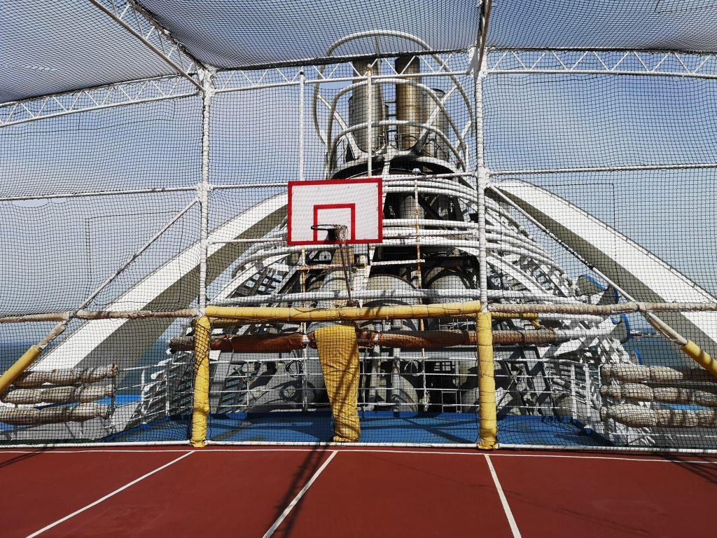 Sports court - deck 17 on Golden Princess