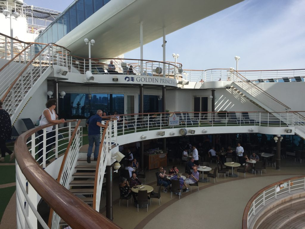 Outrigger Bar - deck 14 on Golden Princess